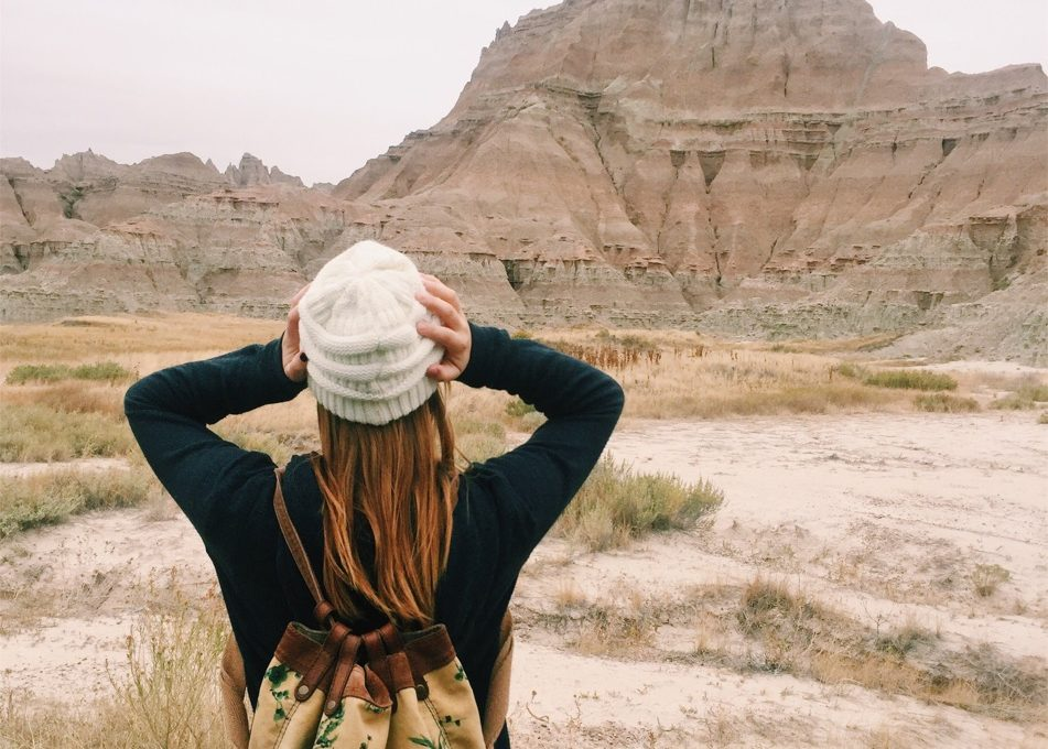Cut Social Media Out of Your Next Trip: 6 Reasons Why