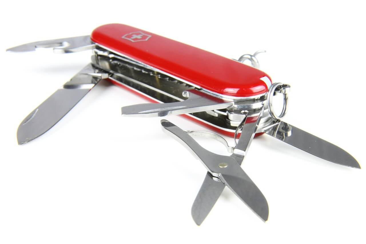 Leatherman Vs Swiss Army Knife Which One Is Better