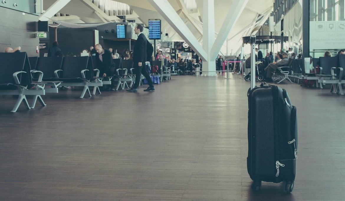 hardside carry-on luggage lost in airport