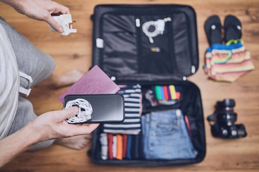 15 Best Travel Electronic Organizers for Your Cables & Gadgets 2019