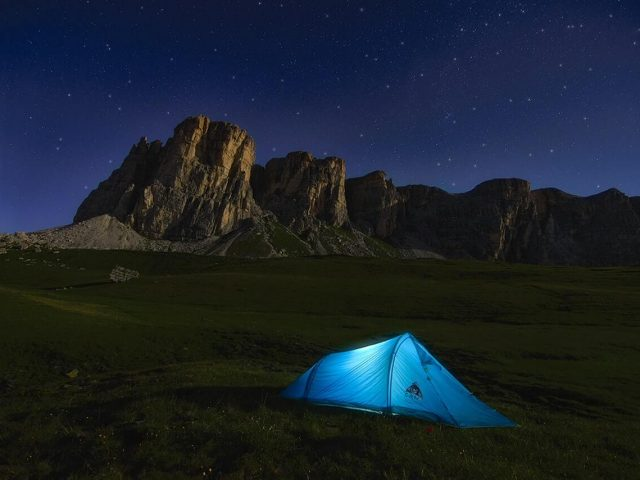 camping tent and stars